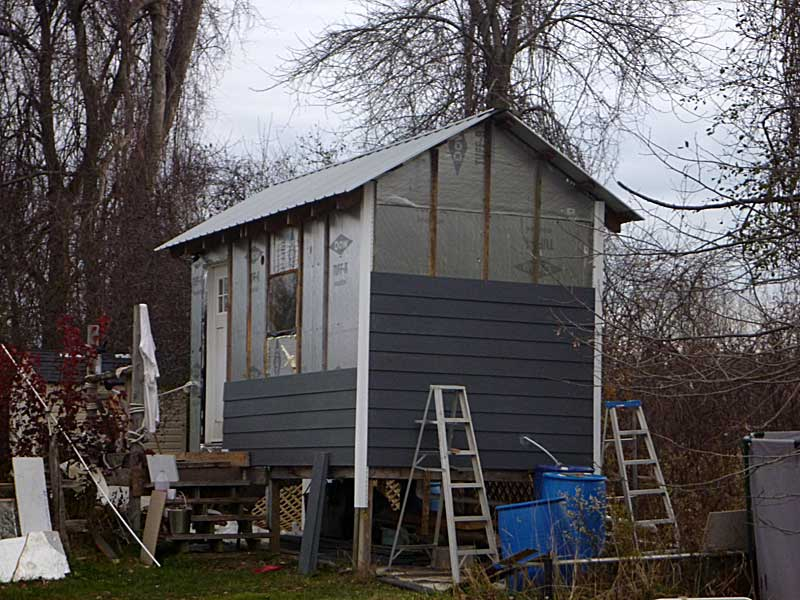 Cement siding for the shizzer shack.